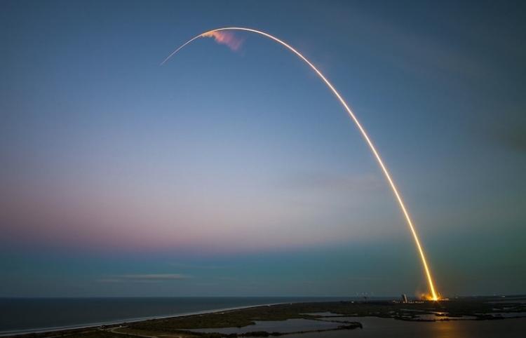El grupo ruso S7 anuncia el desarrollo de un cohete espacial reutilizable