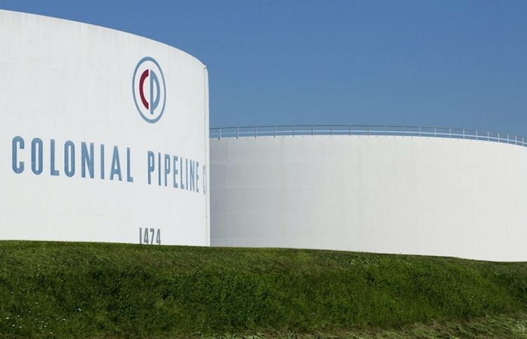 El ciberataque no afectó tecnologías operacionales de Colonial Pipeline, señala el FBI