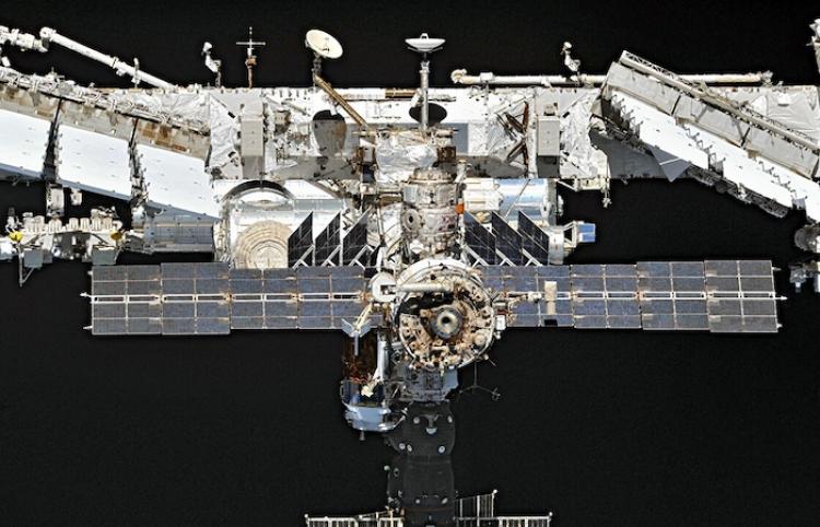 Cineastas rusos partirán en octubre a EEI para primer rodaje de la historia en el espacio
