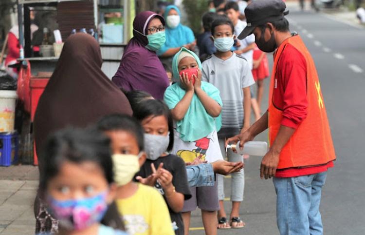 Informe revela que la pandemia amenaza las ganancias de capital humano