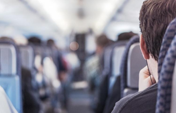 Canadá extiende restricciones a viajes no esenciales con Estados Unidos hasta el 21 de octubre
