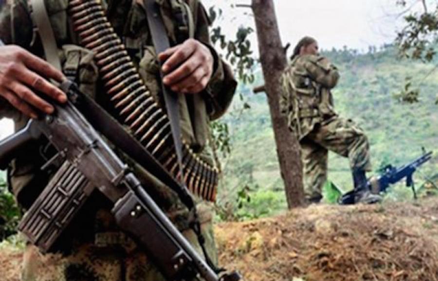 Paramilitares sumen a pueblos indígenas de los Altos de Chiapas en estado  de guerra
